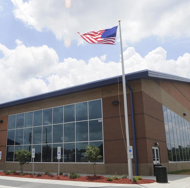 Smithfield Recreation and Aquatic Center Building