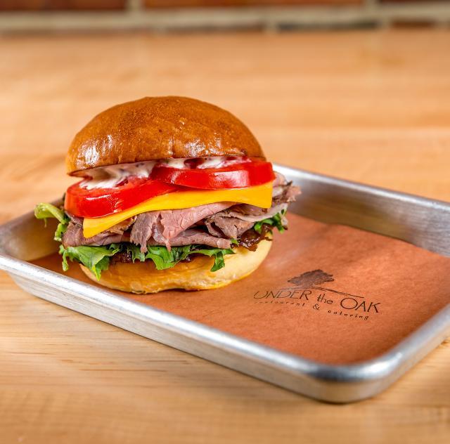 Under the Oak Sandwich Meal Tray 2000x1500 72dpi