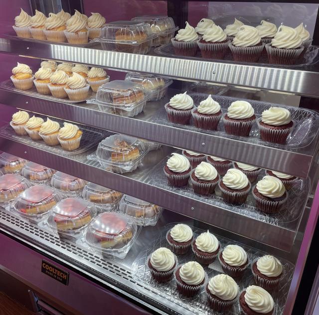 ms bs cupcake case 2 2000x1500 72dpi