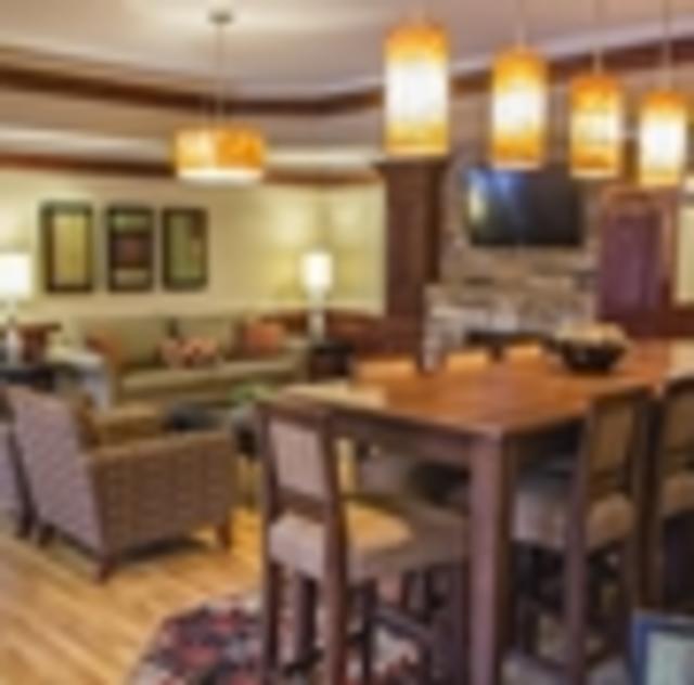 Hampton Inn Selma Lobby
