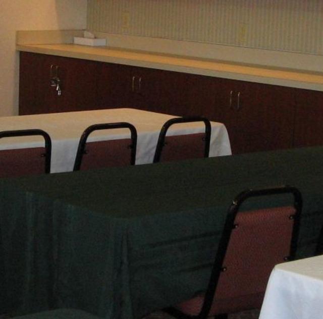 Holiday Inn Express Garner Meeting Room