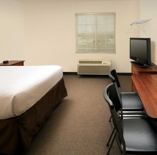 Woodspring Suites Single Room