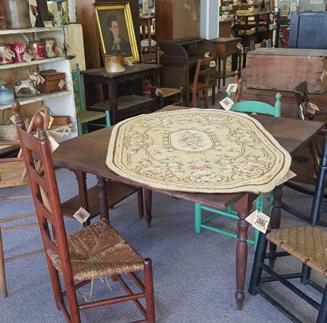 Farmhouse Vintage Treasures