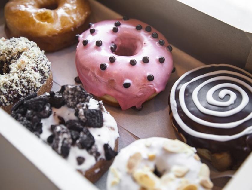 hugs & donuts