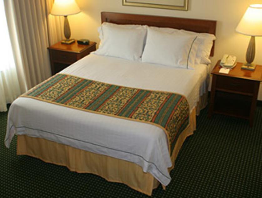 Residence Inn west U