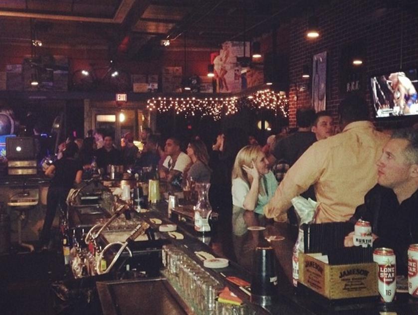 Little j's bar