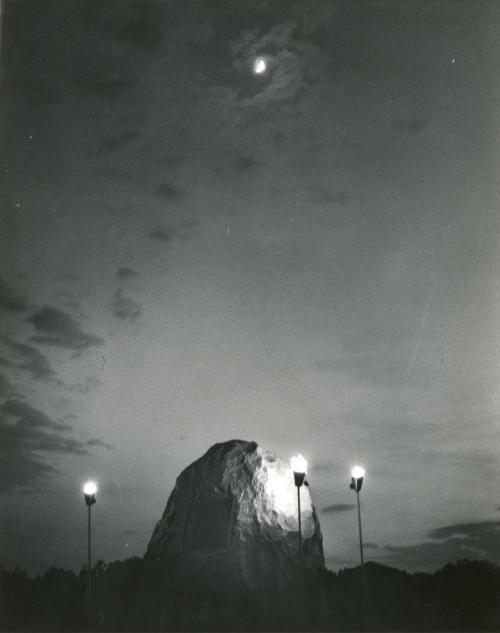 apollo 11 moon