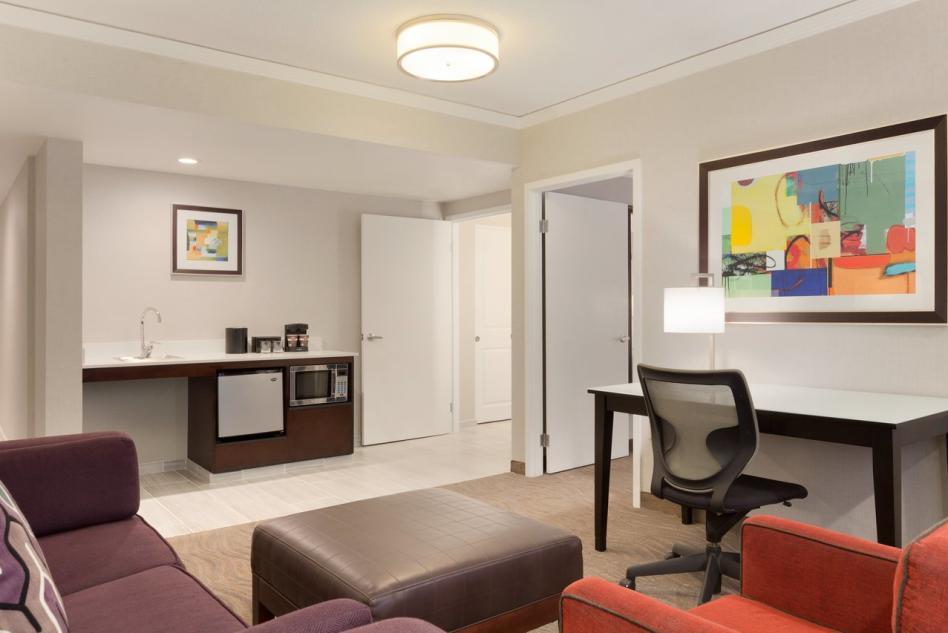 Embassy Suites ADA guest room