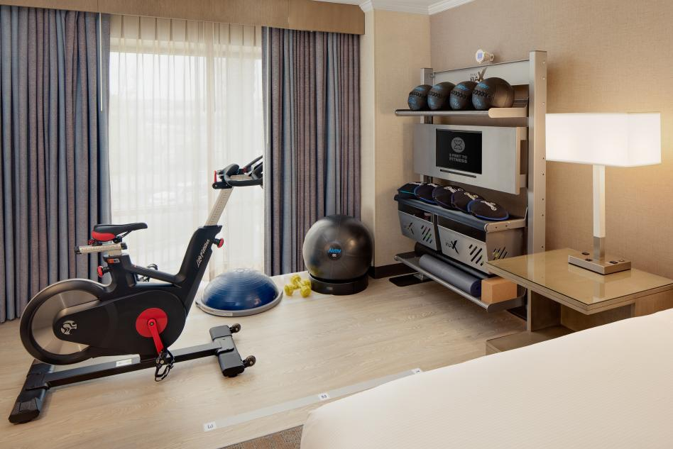 Five Feet to Fitness Room