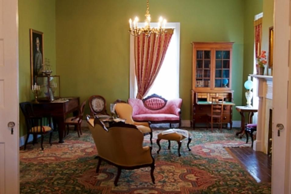 The Parlour at Historic Elm Springs
