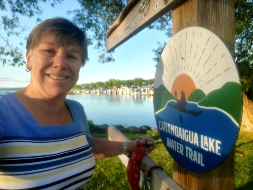canandaigua-lake-water-trail-sign
