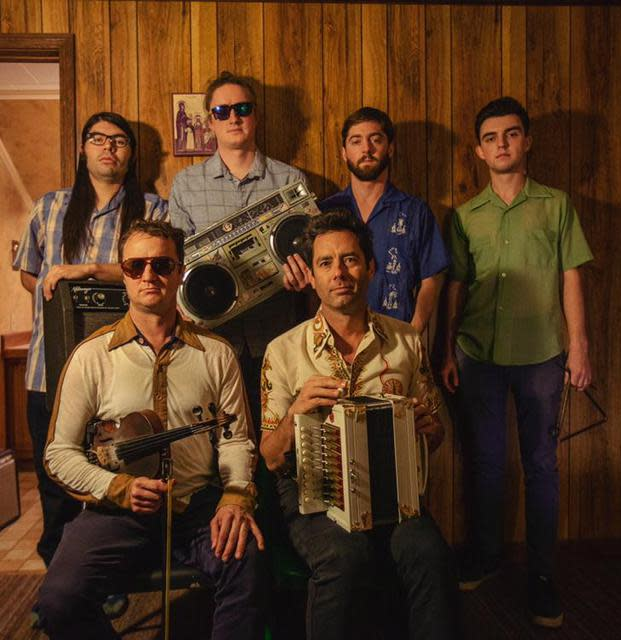 Lost Bayou Ramblers: On Va Continuer!