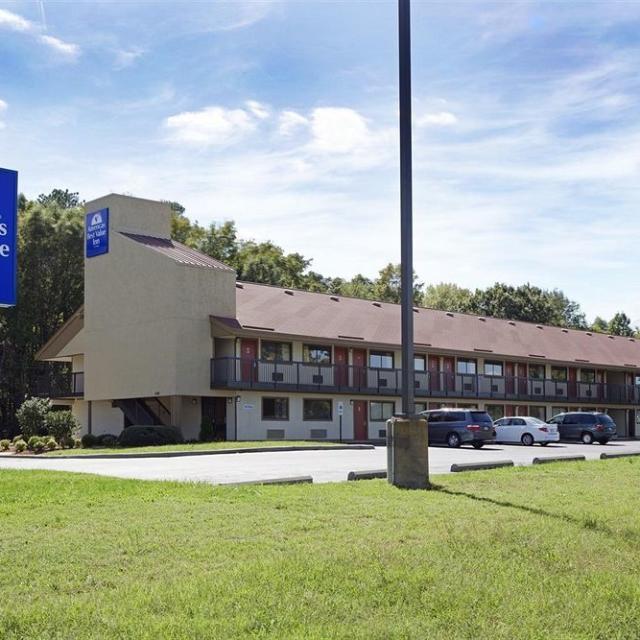 NEW America's Best Value Inn Greshamwood PL
