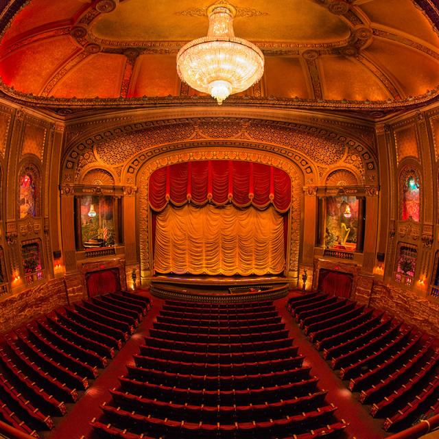 Byrd Theatre Auditorium - Fish Eye (Credit: Scott Kelby)