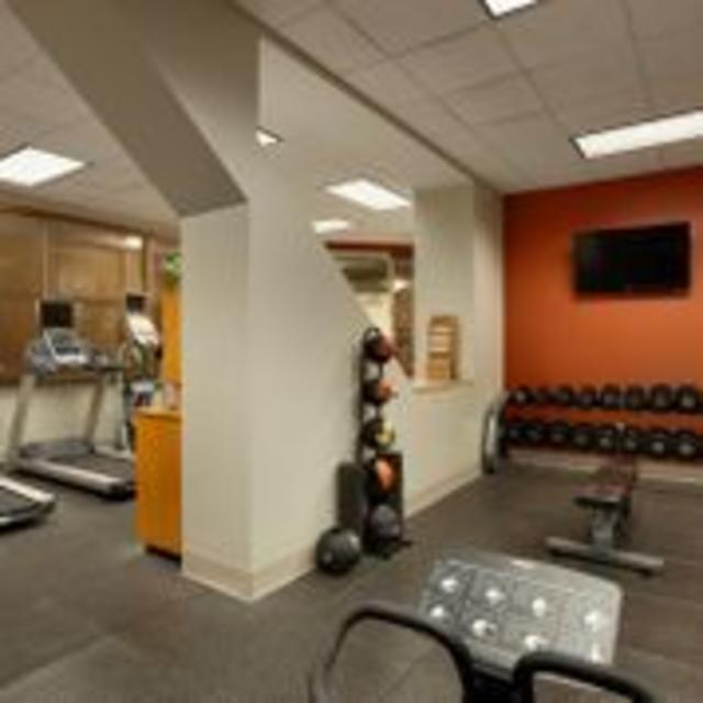 Hilton  Richmond Downtown Hotel Fitness Center