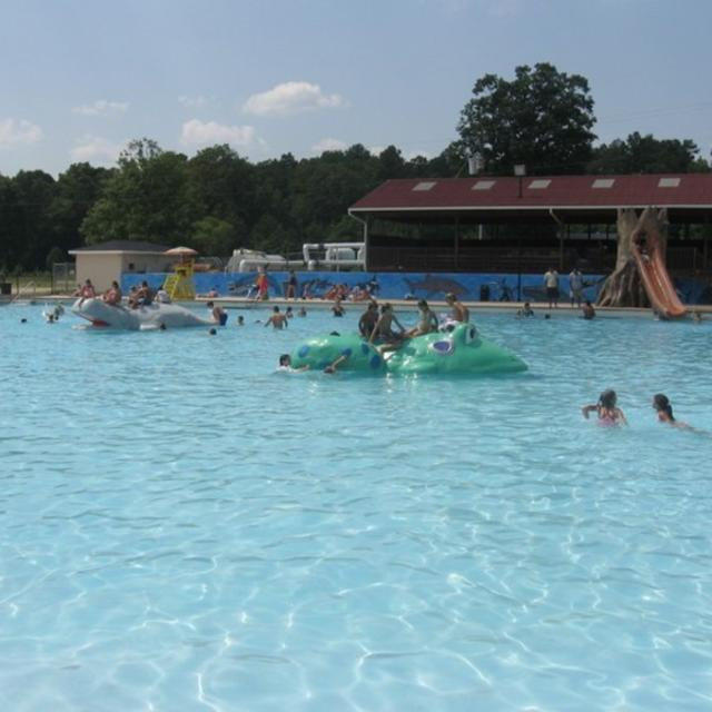 Cobblestones Park Pool