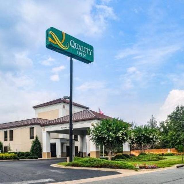 NEW Quality Inn Airport