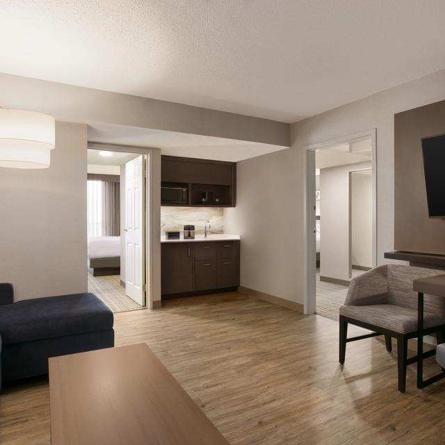 ALL NEW Family Suite