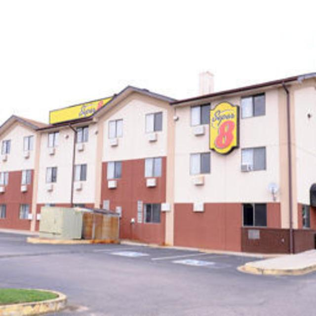 NEW Super 8 Motel Chester