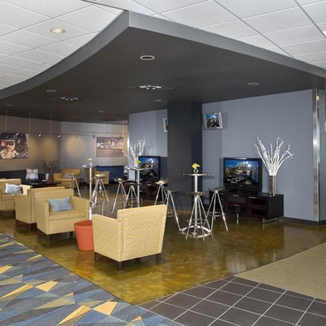 TORQUE Club lounge