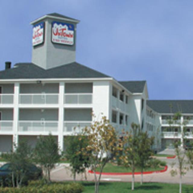 NEW Intown Suites Perdue Springs