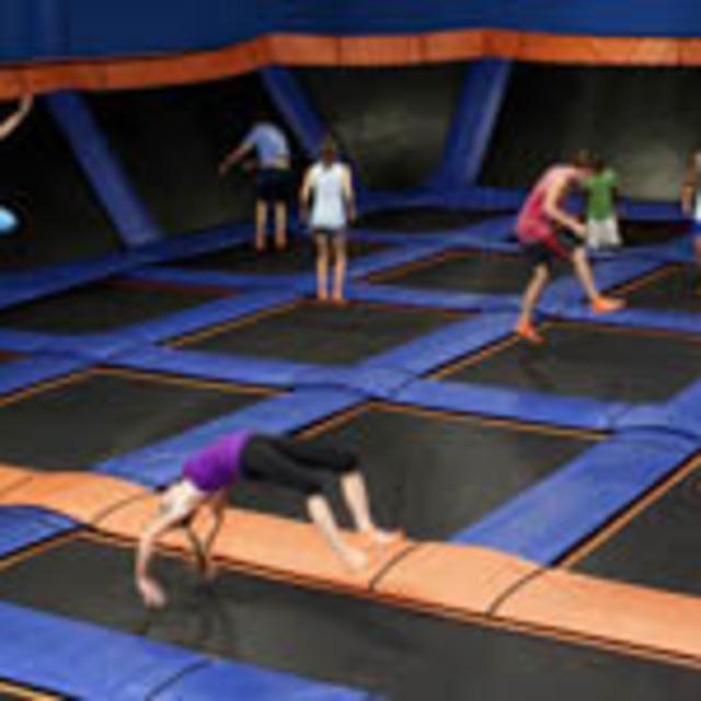 skyzone trampolines