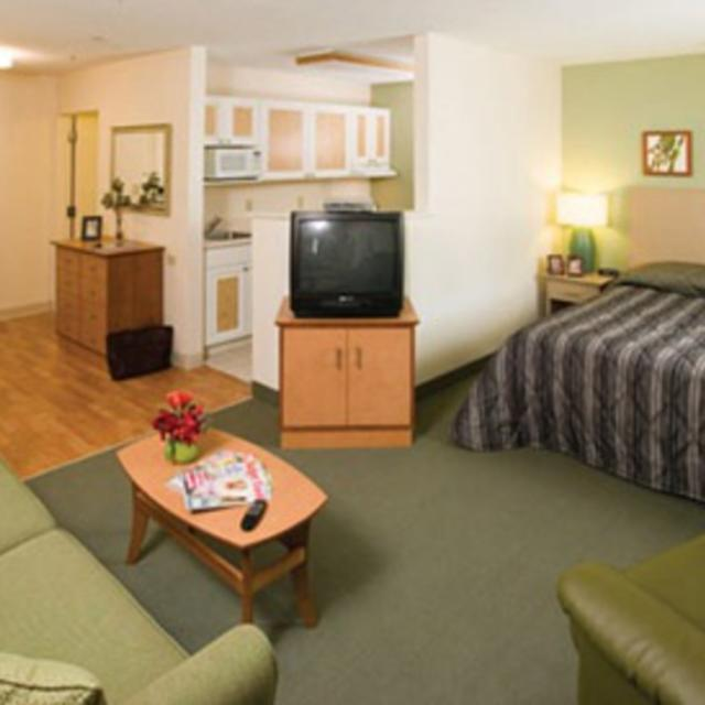 Extended Stay Deluxe Room Image