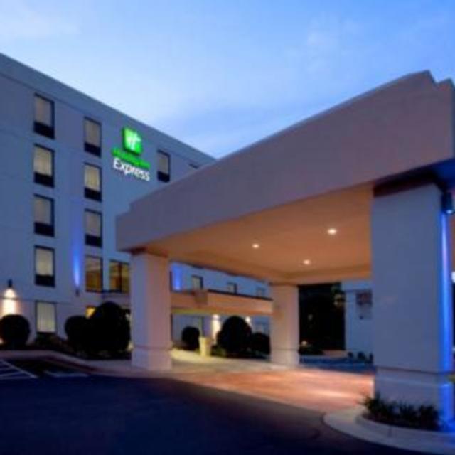 NEW Holiday Inn Express Mechanicsville