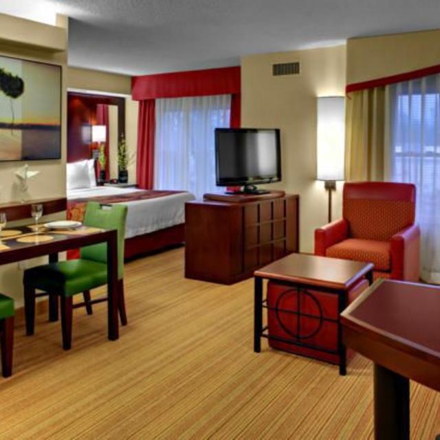 Residence Inn Chester Room