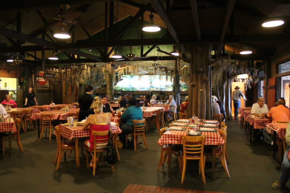 People dining at Prejean's Restaurant in Lafayette, LA