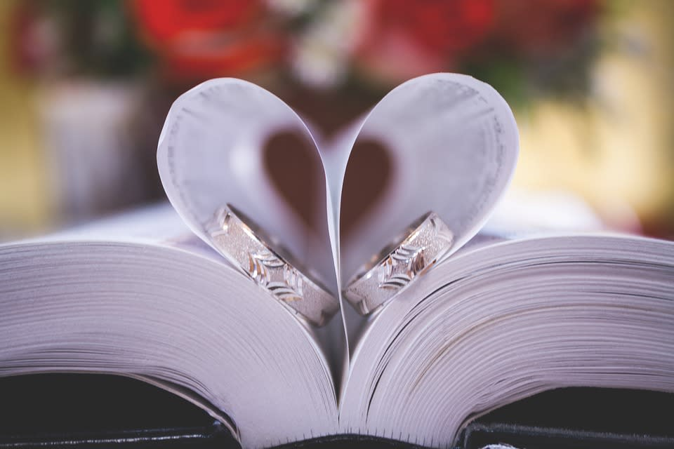 Book heart with rings