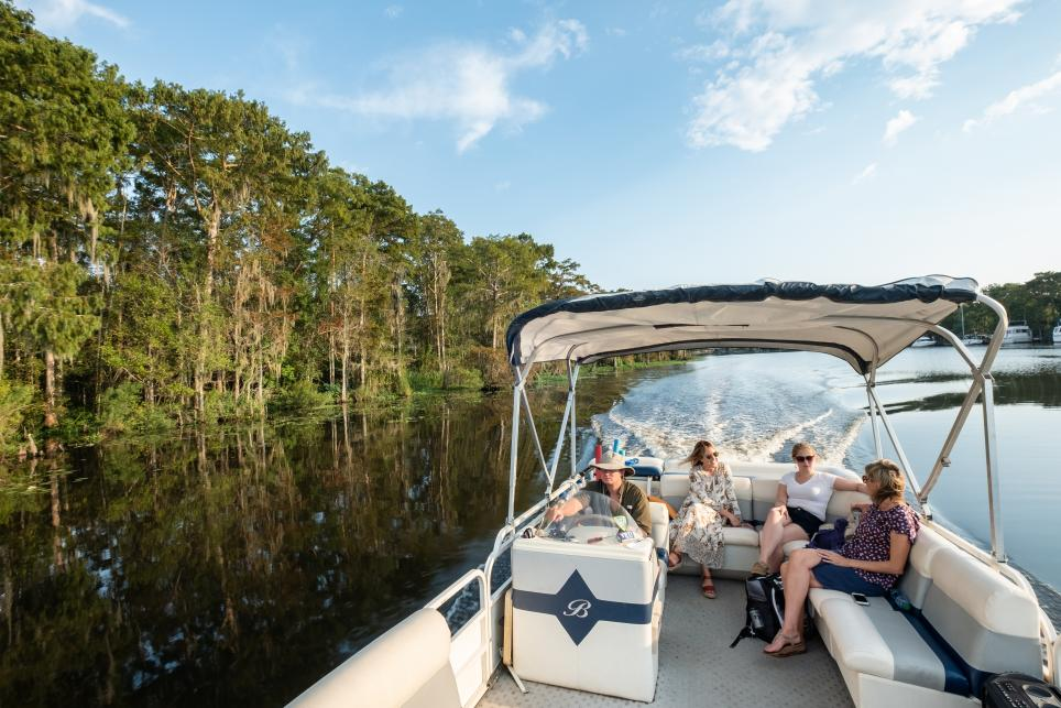Louisiana River Boat Tours, Madisonville, Captain Mike, boat tour on the Tchefuncte