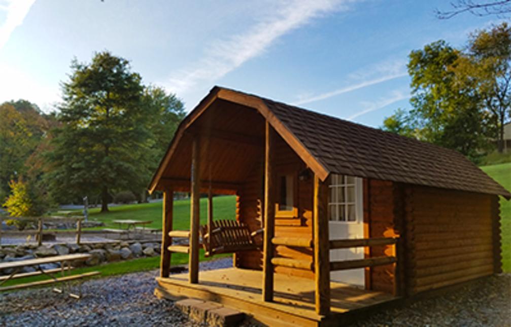 Elizabethtown/Hershey KOA Cabin