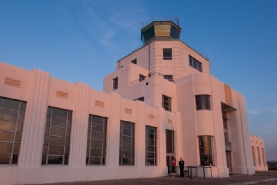 1940 air terminal 3