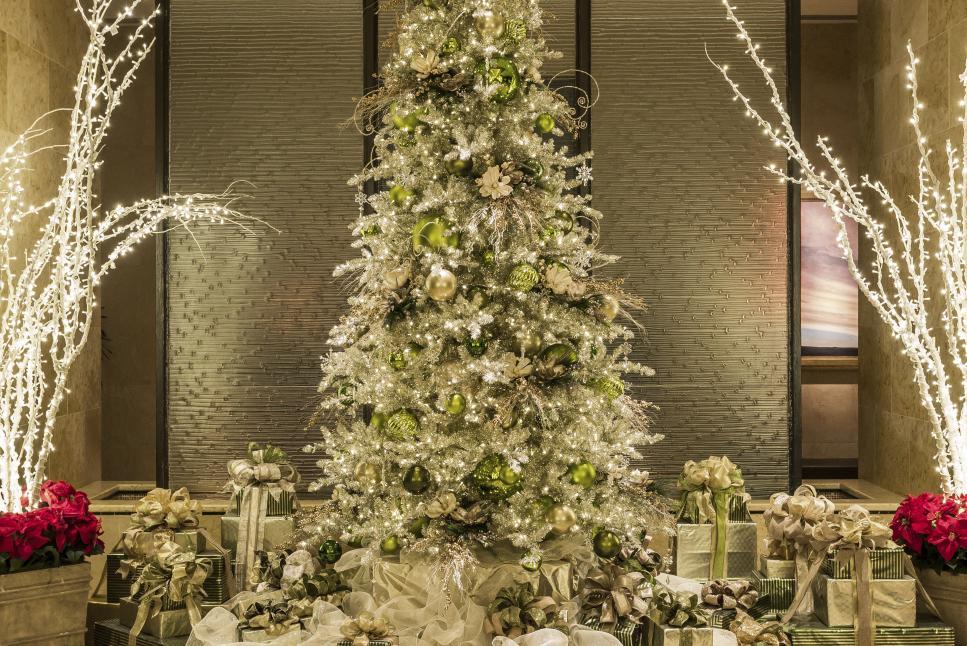 Hilton Americas Christmas Tree