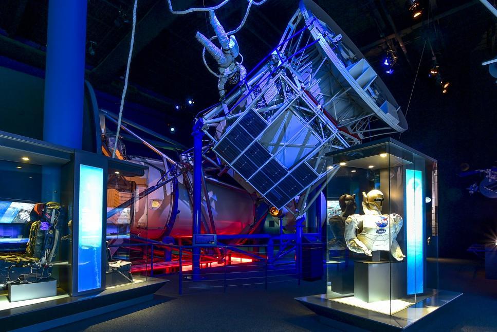 Space Center 15