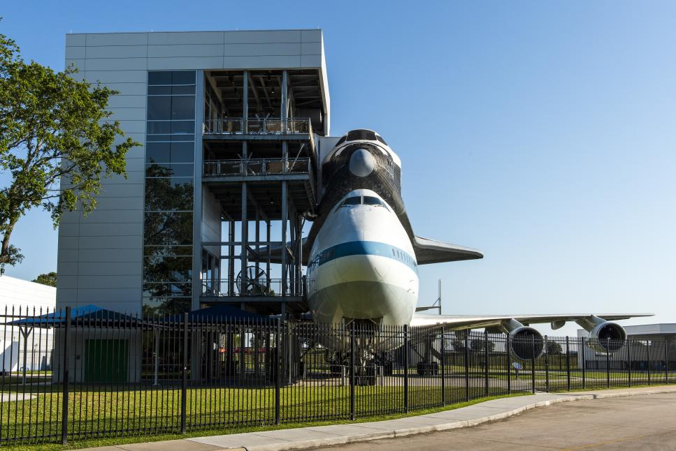Space Center 18