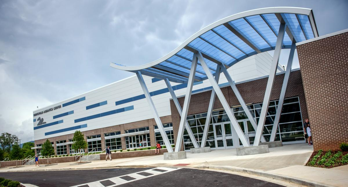 Huntsville Aquatics Center Building