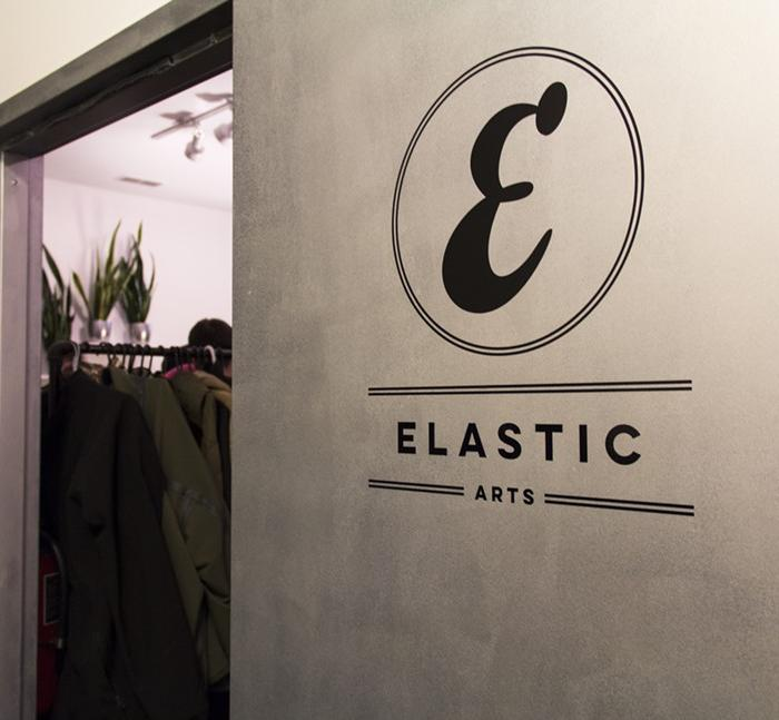 Logo of Elastic Arts on the door