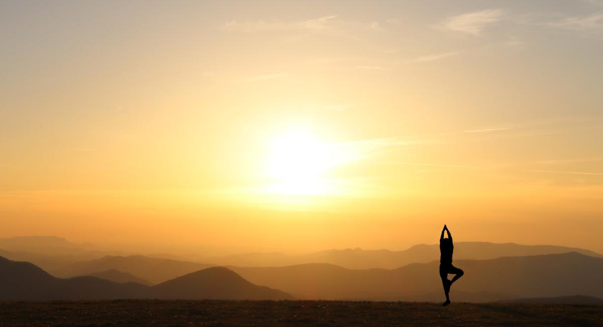 NamasteInNature_MaxPatch_SunsetFullMoonYogaHikingTour_Credit Namaste in Nature
