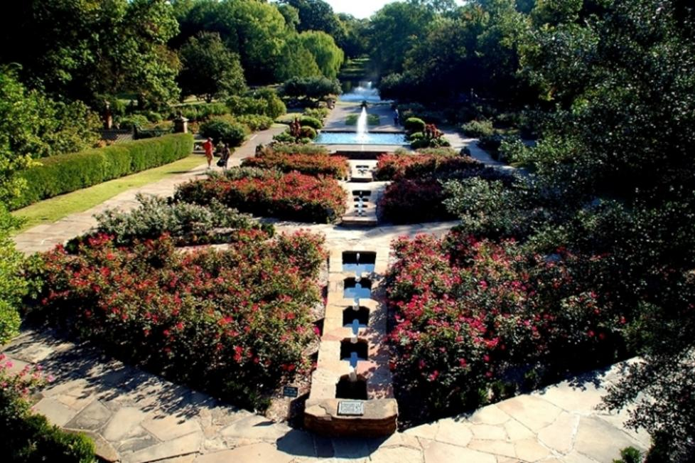 Fort Worth Botanic Gardens' Rose Garden