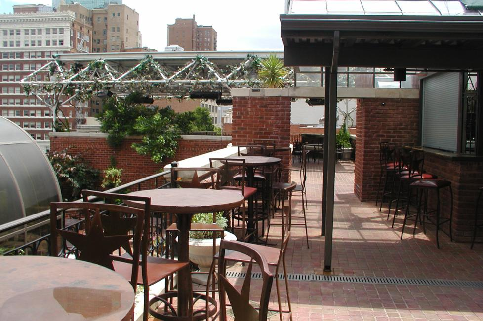 Outdoor Dining, Reata's Rooftop