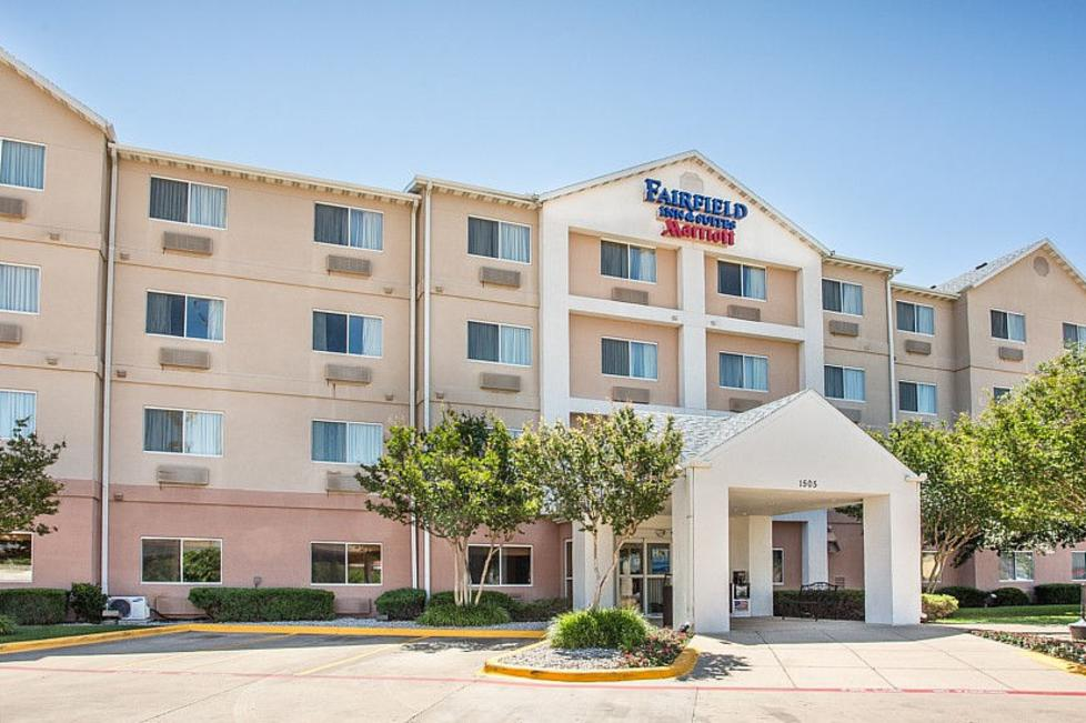 fairfield inn by marriott university