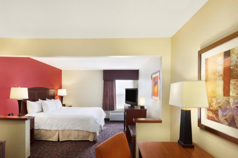 hampton inn and suites southwest