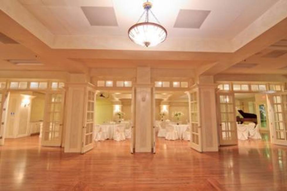 manor room side