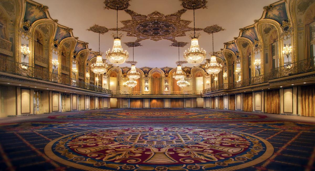 Hilton Chicago Grand Ballroom