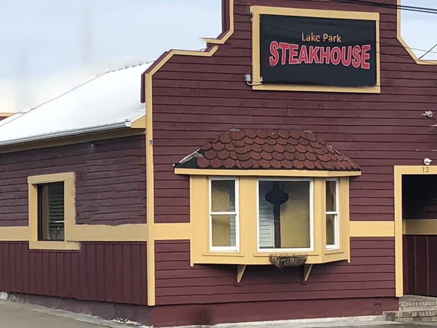 Lake Park Steakhouse establishment