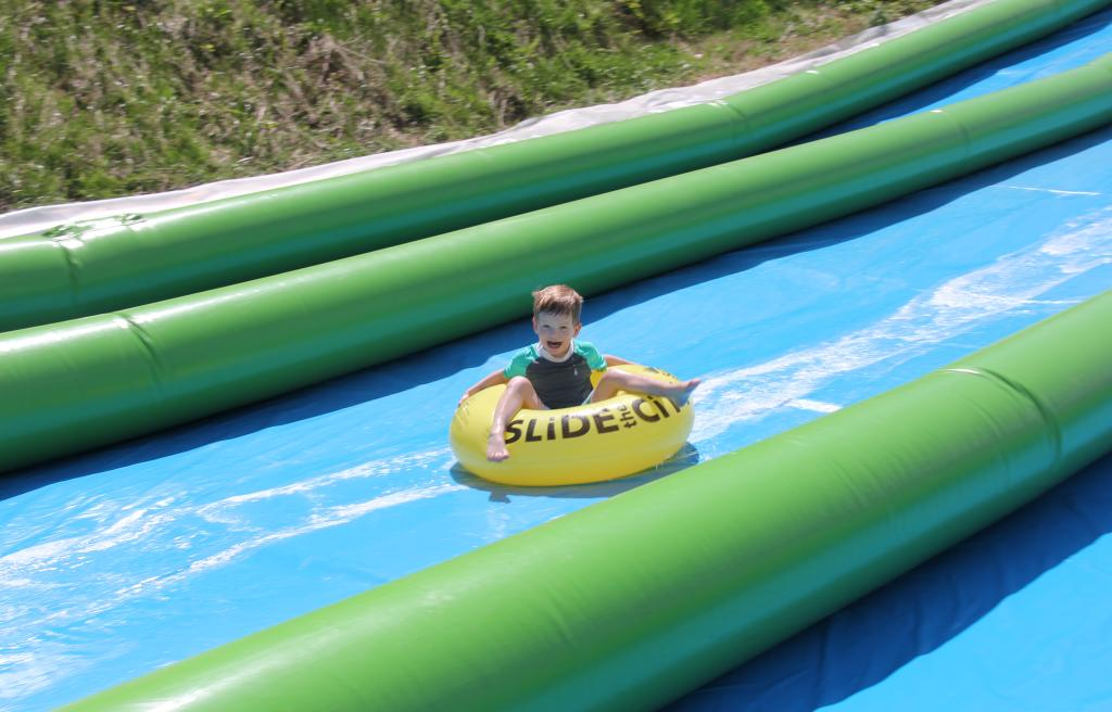 Roundtop Summer - Super Slide
