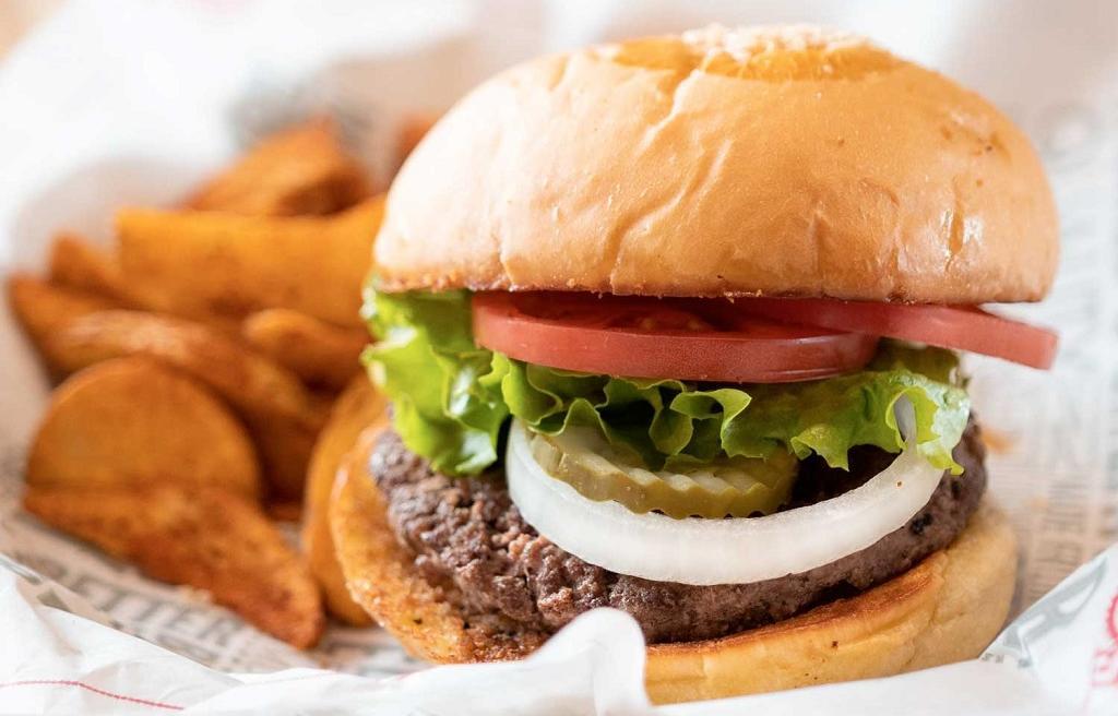 Fuddrucker's burger