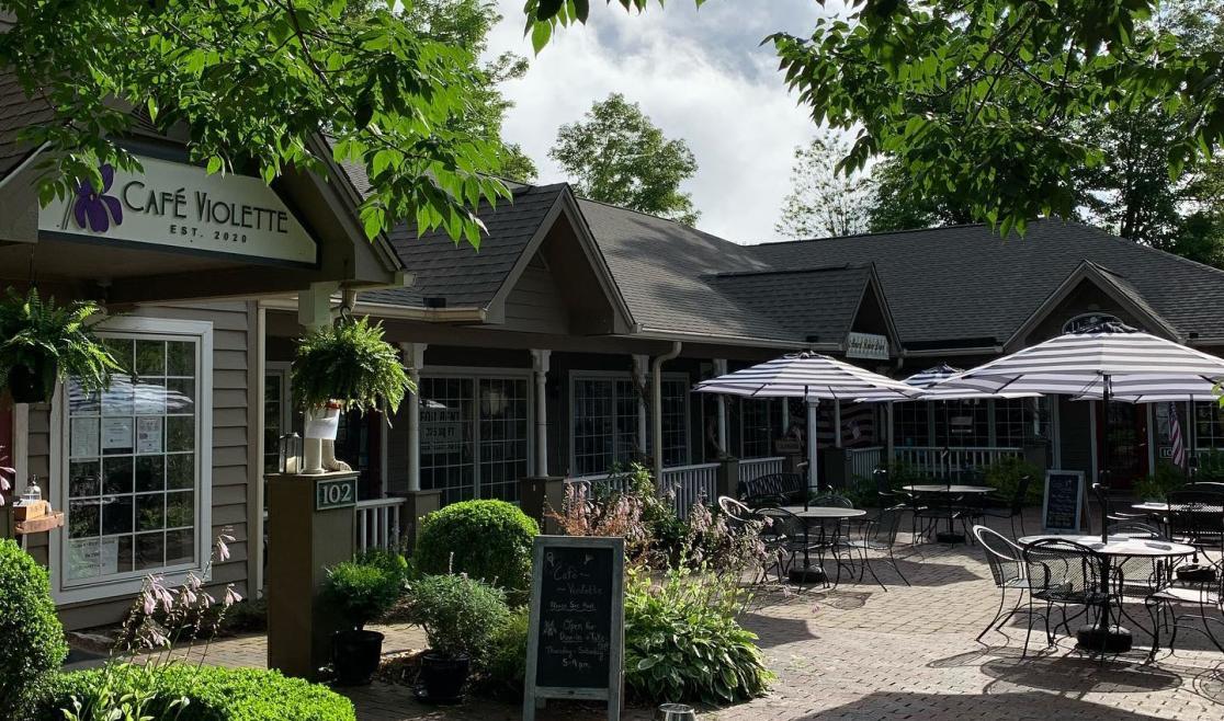 Cafe Violette Front
